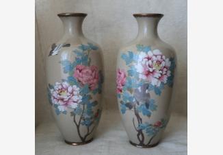вазы с розами