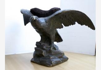 Антикварная статуэтка из бронзы — Орел. Перочистка