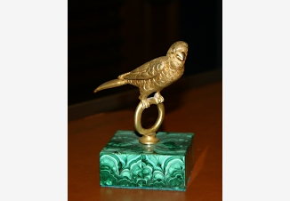 Антикварная статуэтка из бронзы — Попугай
