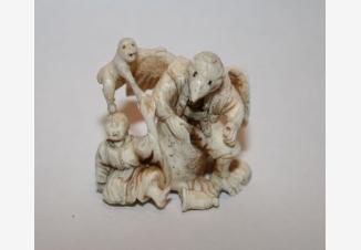 Нэцкэ Тэнгу, самурай и обезьяна
