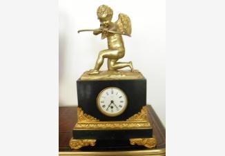 Часы каминные «Амур»