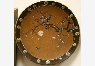 Тарелка настенная «Цветущая сакура»