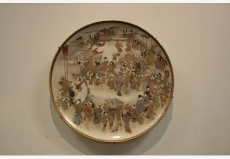 Тарелка настенная «Праздничное шествие»