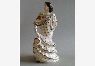 Танцующая испанка — фарфоровая статуэтка советского периода