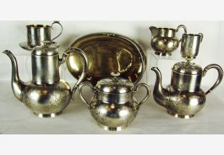 Чайно-кофейный сервиз из 8 предметов