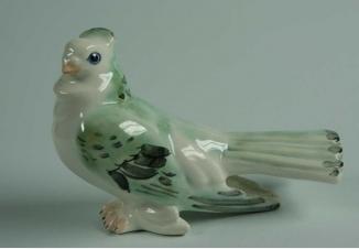 Попугай — советская фарфоровая статуэтка