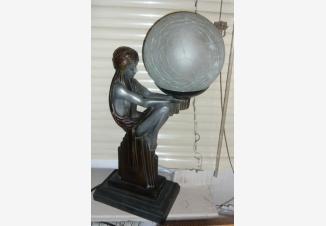 Лампа в стиле Ар-Деко